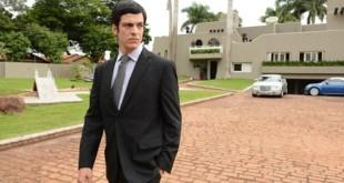 Mateus Solano no filme 'Em nome da lei' (Foto: Divulgação)