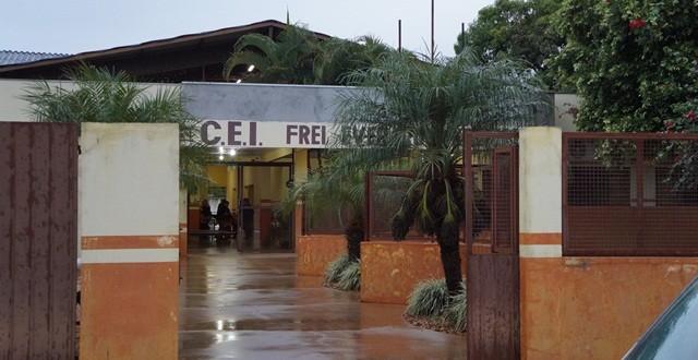 Centro de Educação Infantil foi interditado por 10 dias, informou prefeito. Dois casos de H1N1 foram confirmados na creche e dois são investigados. (Foto: Maikon Junior)