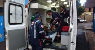 Samu atendeu a vítima dos disparos e levou ao Hospital da Vida - Foto: Osvaldo Duarte